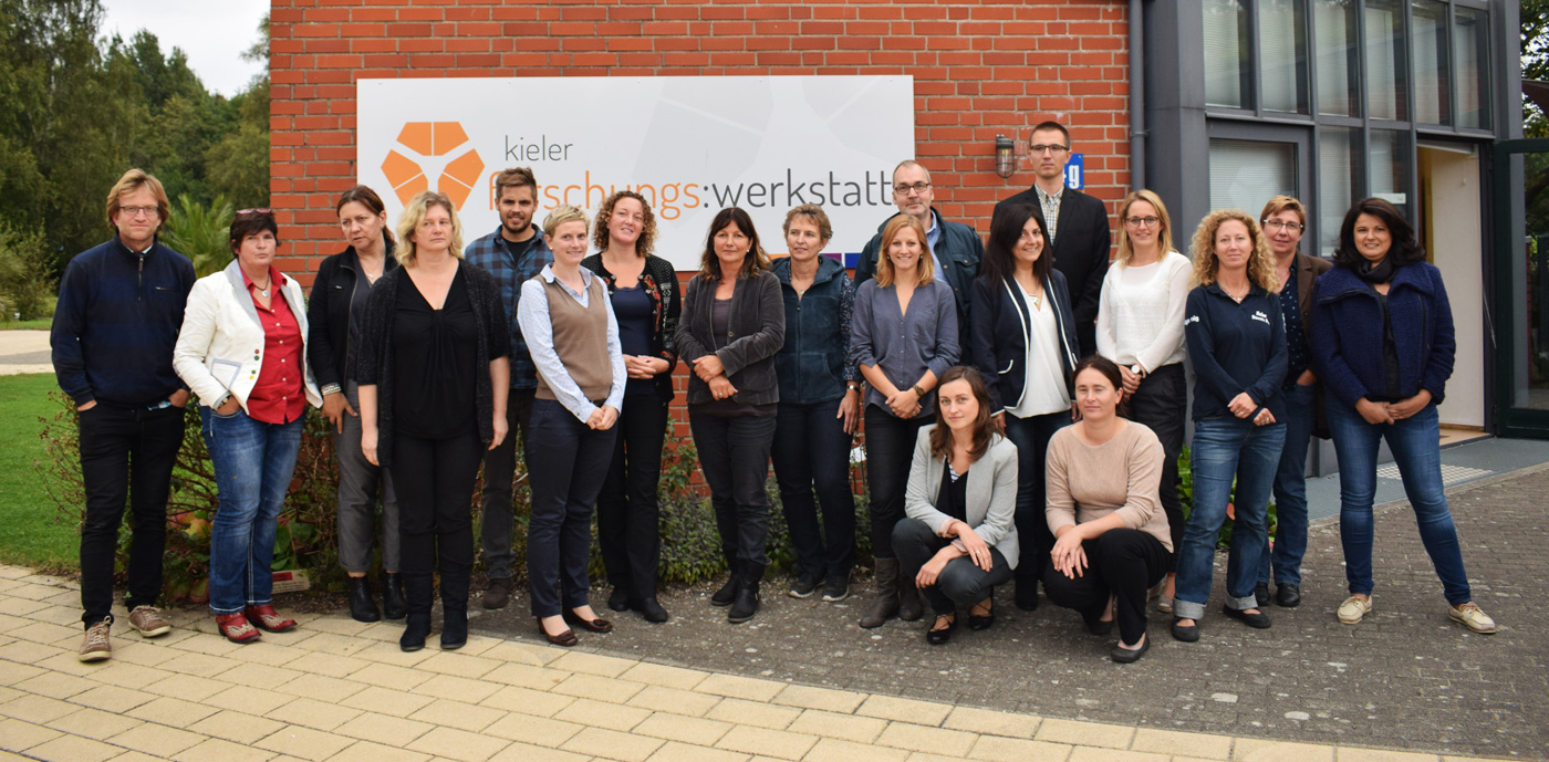 The photo shows the more than 20 participants at the first marine mammals project meeting held at the Kieler Forschungswerkstatt from September 28 to 30, 2016